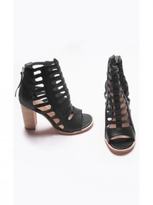 skyscraper-shoe-black