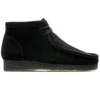 Clarks – Wallabee Hi – Black Suede
